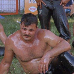 shellac-playing-men-image-2508.jpg